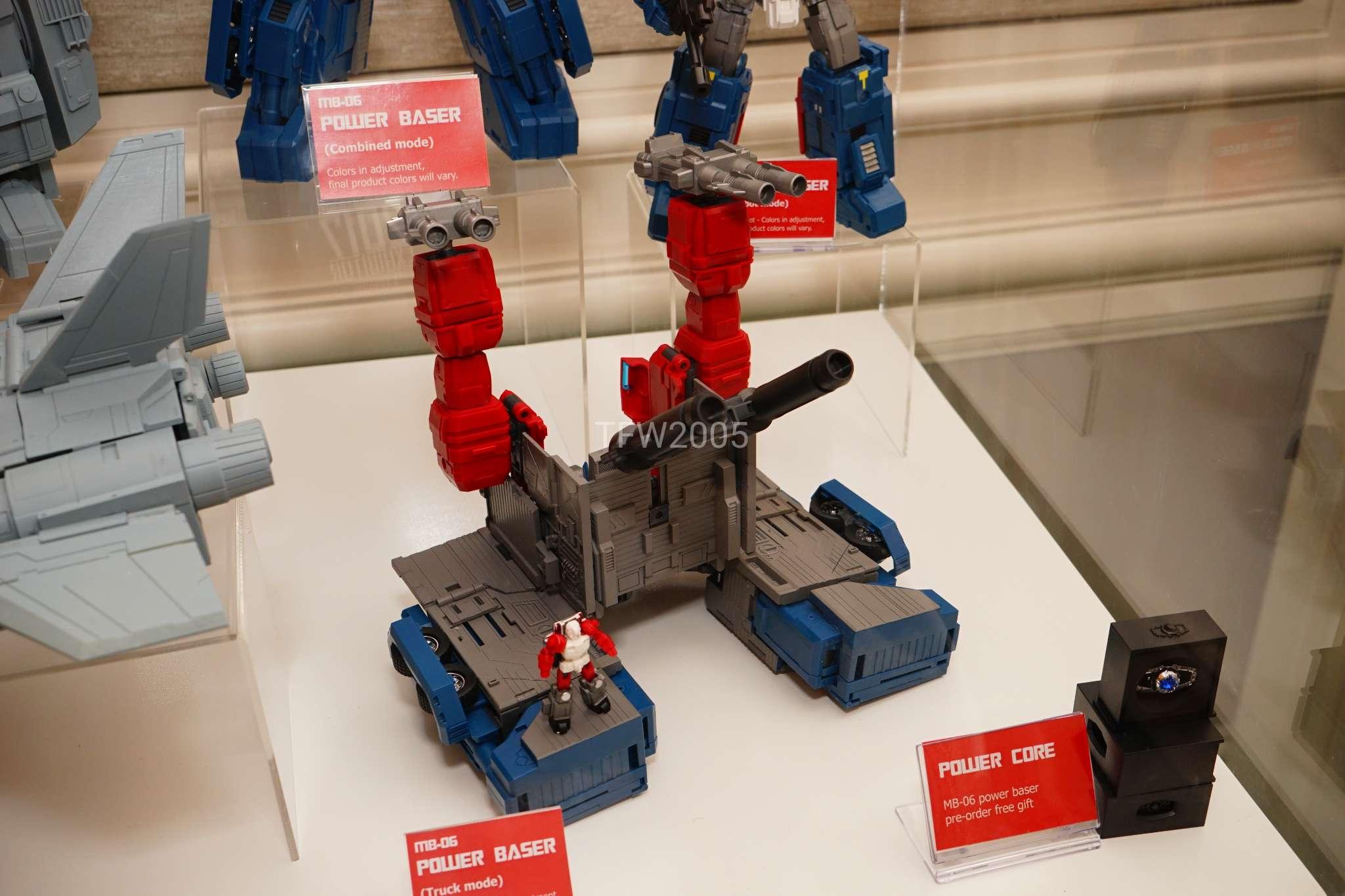 [FansHobby] Produit Tiers - MB-06 Power Baser (aka Powermaster Optimus) + MB-11 God Armour (aka Godbomber) - TF Masterforce - Page 2 KmRbcw5P_o