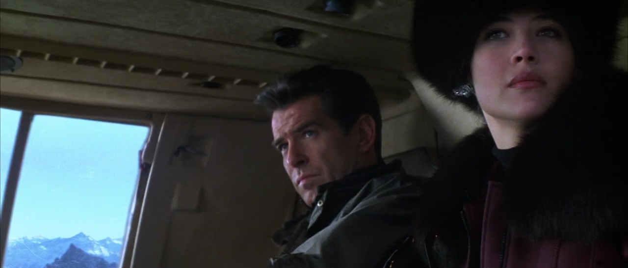 007 El Mundo No Basta 720p Lat-Cast-Ing 5.1 (1999)