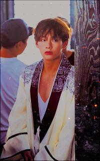 Kim Tae-Hyung (V). NKWaeohL_o