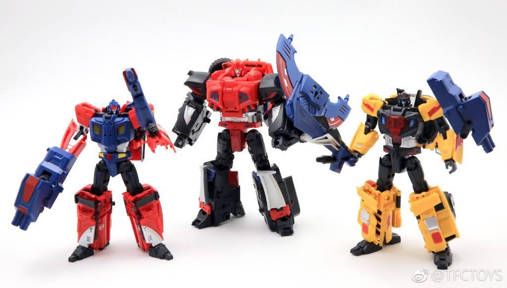 [TFC Toys] Produit Tiers - Jouet Trinity Force aka Road Caesar (Transformers Victory) - Page 3 ZsbfsxpZ_o