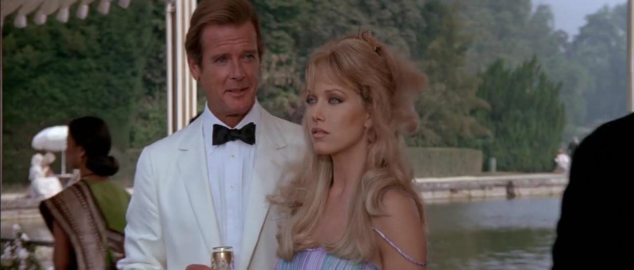007 En La Mira De Los Asesinos 720p Lat-Cast-Ing 5.1 (1985)