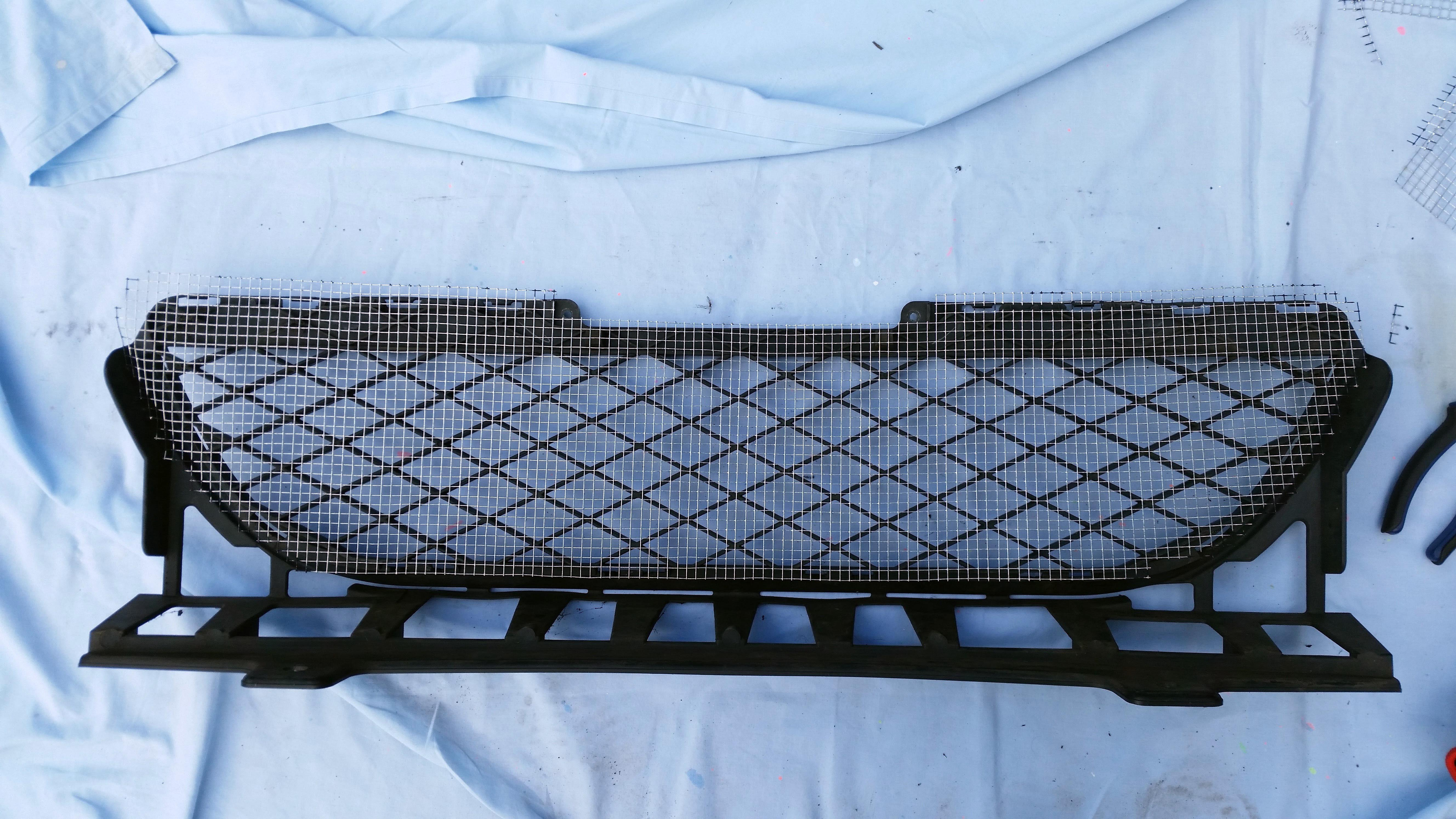 Honda Jazz GD - Grill Mod to Protect Aircon Condenser