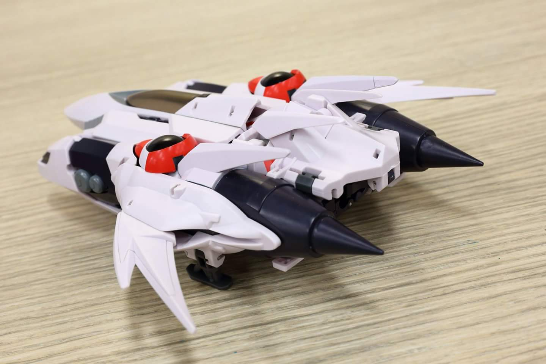 [Mastermind Creations] Produit Tiers - Jouets Aero Alpha (aka Wing), Stray (Drift) et Ater Beta (aka Deadlock) des BD IDW - Page 2 IAGvNGOI_o
