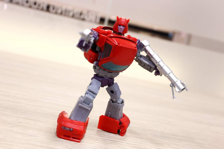 [Ocular Max] Produit Tiers - Minibots MP - PS-09 Hellion (aka Cliffjumper/Matamore), PS-11 Omne - (aka Cosmos) YzHW6pWe_o