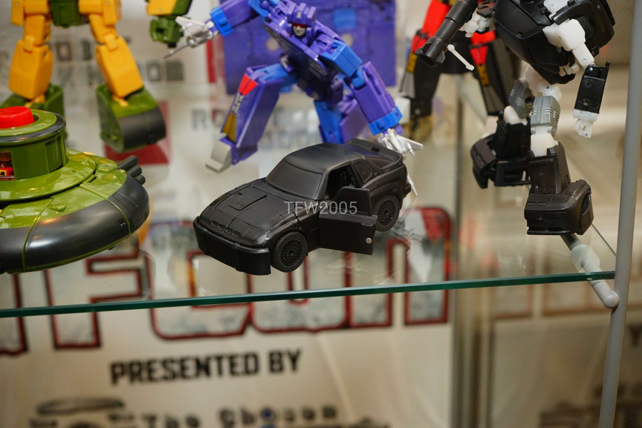[Ocular Max] Produit Tiers - Minibots MP - PS-09 Hellion (aka Cliffjumper/Matamore), PS-11 Omne - (aka Cosmos) MNXbKIQV_o