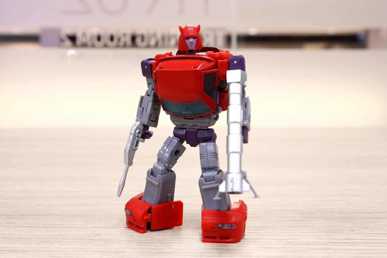 [Ocular Max] Produit Tiers - Minibots MP - PS-09 Hellion (aka Cliffjumper/Matamore), PS-11 Omne - (aka Cosmos) X0NDJhcy_o