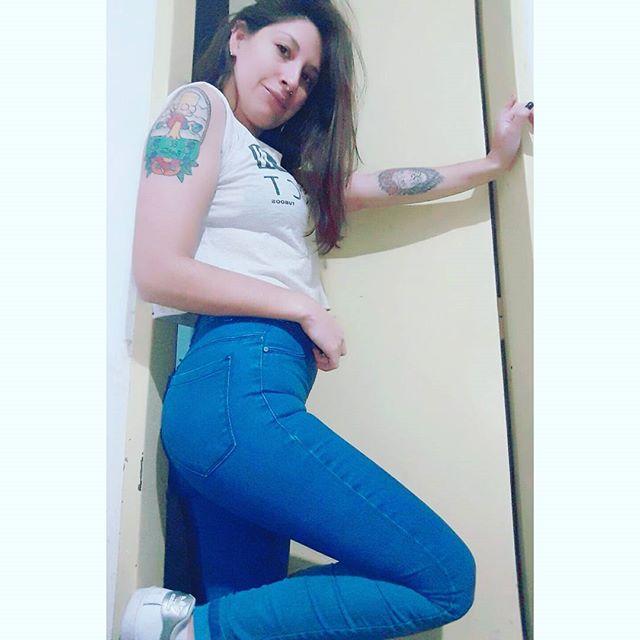 Argentina tatuada de Badoo, ig y tinder - Se saca todo!