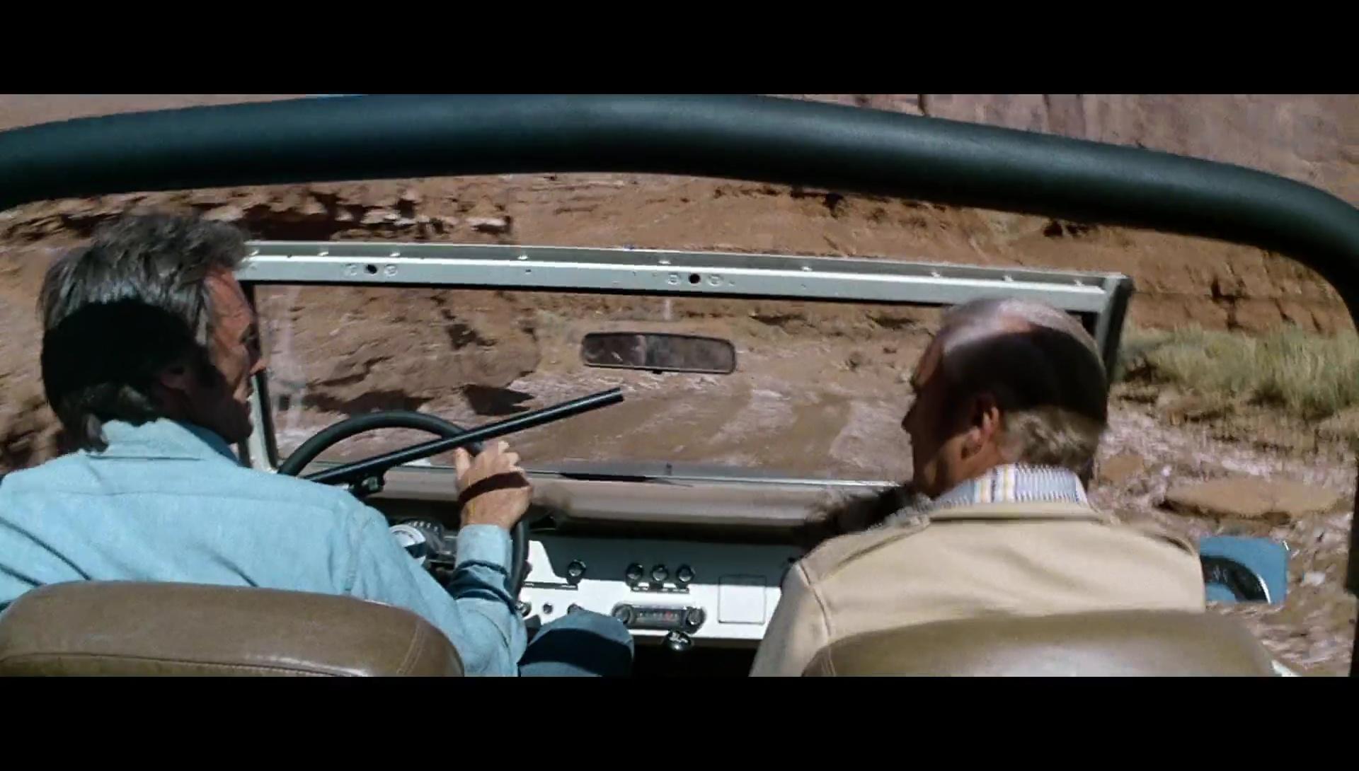 Licencia Para Matar 1080p Lat-Cast-Ing 2.0 (1975)